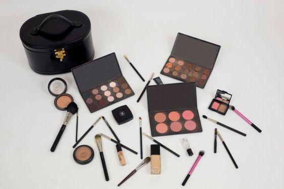Meli's makeup kit