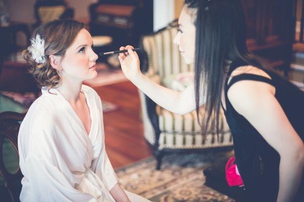 Jessica Hlinka (doing makeup).jpg